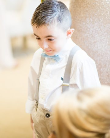 romantic wedding photography- a pageboy